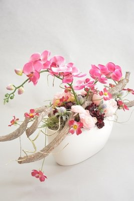 Groot bloemstuk, roze